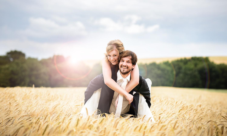 Hochzeit in Trier im Kornfeld - Ihr Fotograf in Trier für Hochzeitsfotos!