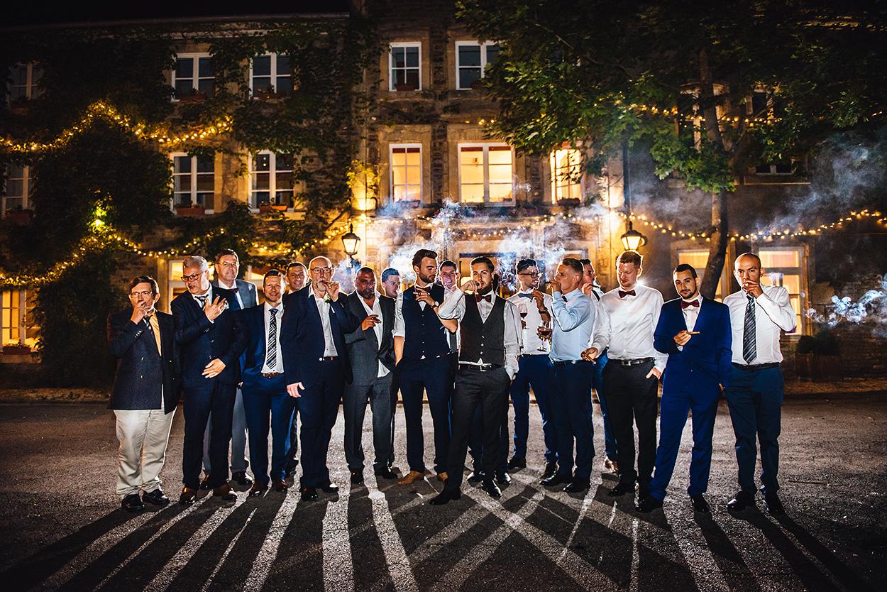 Cooles Hochzeits-Gruppenfoto mit den Männern in Luxembourg