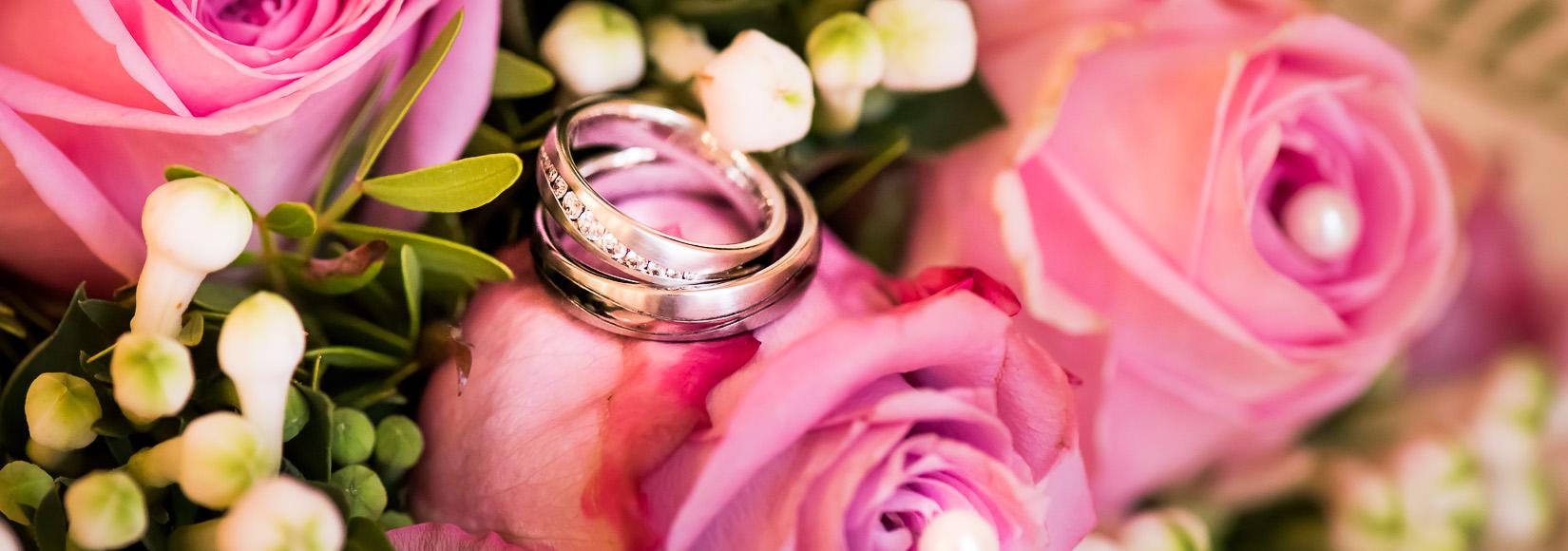 Hochzeitsringe, Foto vom Hochzeitsfotograf in Trier
