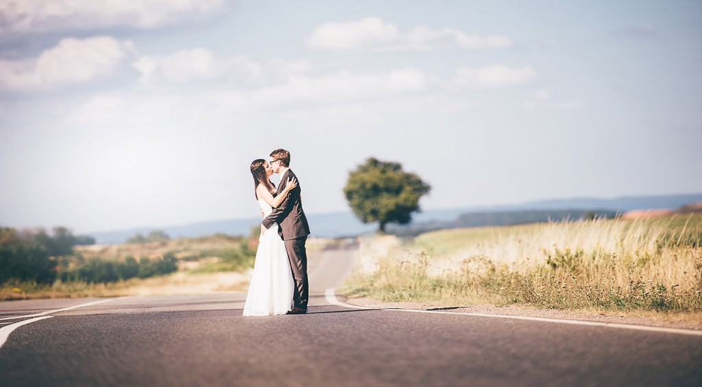 """The Road"" - Brautpaarshooting in Trier"