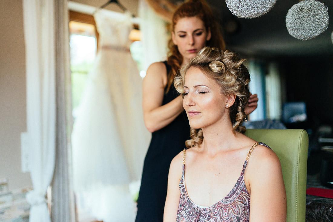 Getting Ready (Hochzeitsreportage) - Die Braut wird gestyled